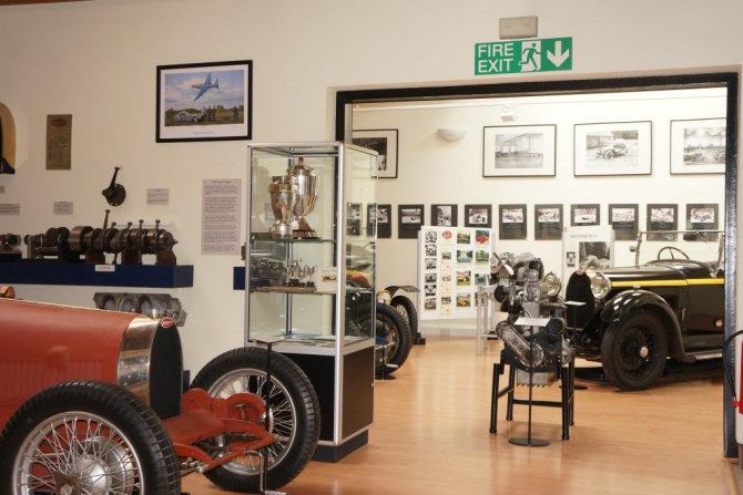 Bugatti Rendezvous