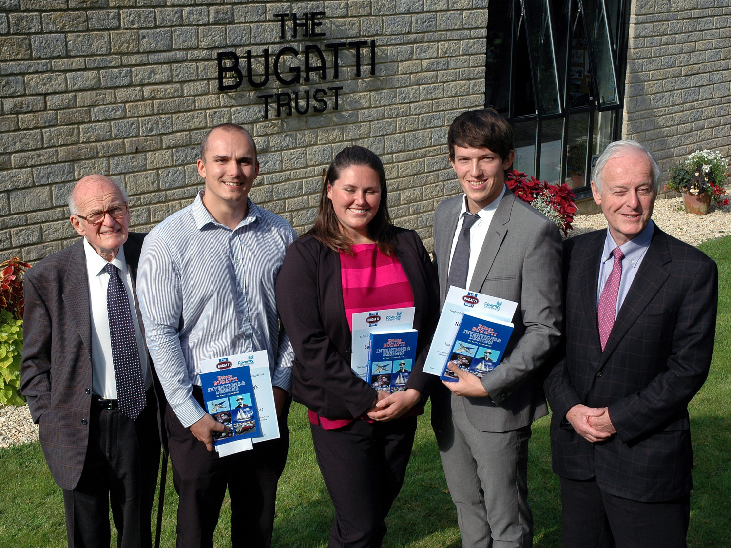 From l to r: Bugatti Trust trustee Barry Price, award winners Oliver Petschenyk, Samantha Parsons, Noach Ben-Haim and Bugatti Trust chairman Hugh Conway